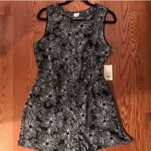 NWT black and white floral romper